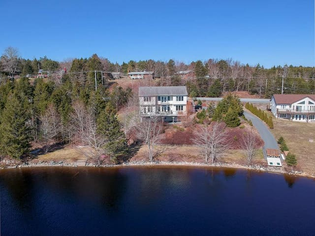 Gorgeous Waterfront Executive Home on Porters Lake