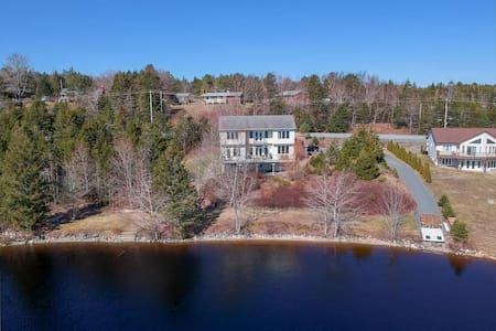 Gorgeous Waterfront Executive Home on Porters Lake