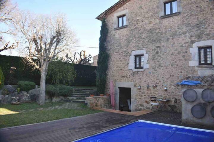 Casa rural amb piscina a Diana