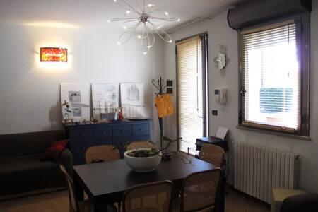 Casa con giardino e garage - Cona
