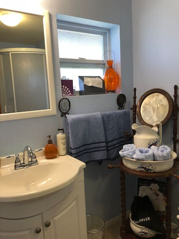 Private bathroom with shower and all amenities