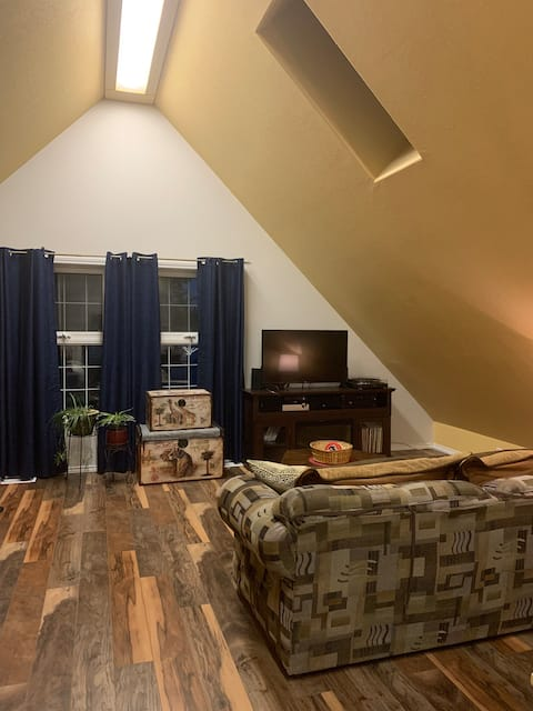Beau's North Country Place Suite