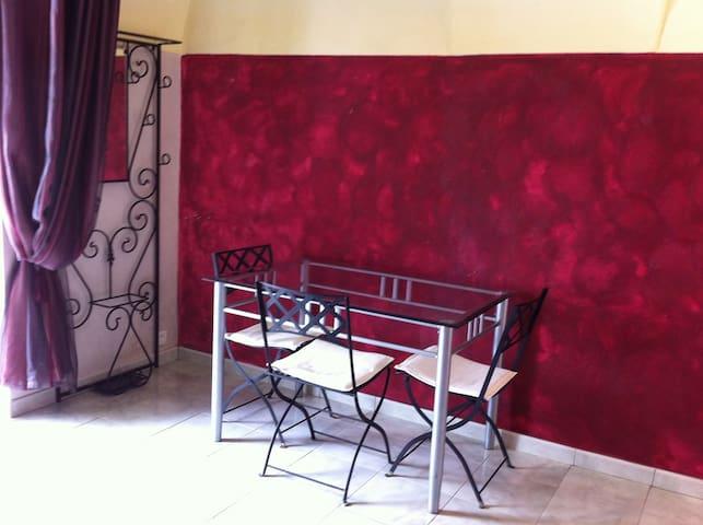 Studio 2pers.Italie-Principauté de Seborga. - Madonna della Neve
