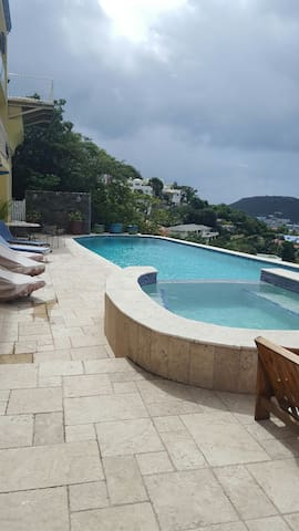 Villa Bora  1 bed apt  with  world class views