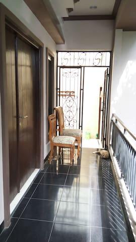 Kamar murah, nyaman + AC di Rawamangun