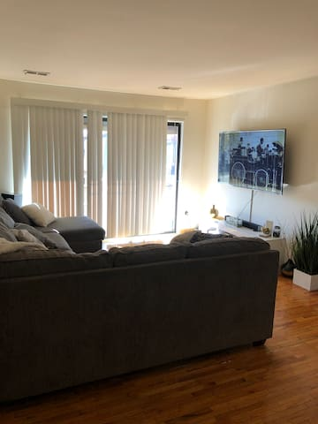 great location Easy access to NYC NJ comfortable