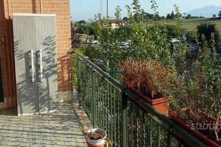 Appartamento vicino Roma centro e servizi - โรม - อพาร์ทเมนท์