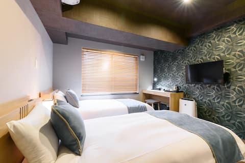 [JP INN MONGAKU]  Twin room 10min from Kyoto st