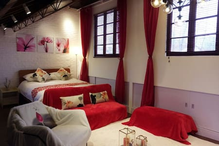 Wooden loft in the center of French Concession - Shanghai