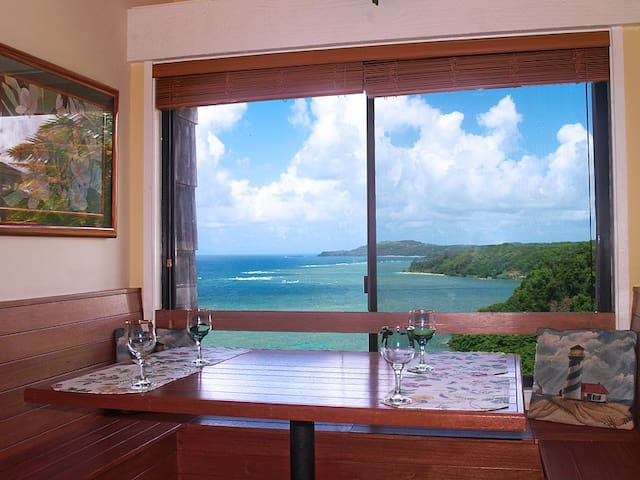 Oceanfront on Edge of Bluff Heavenly Views!