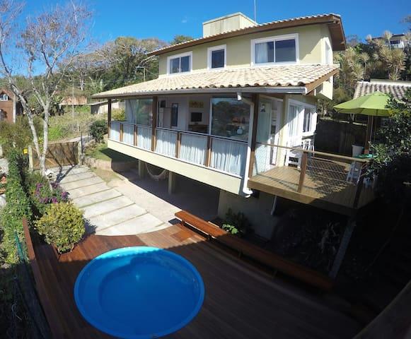 Linda casa com vista para Lagoa