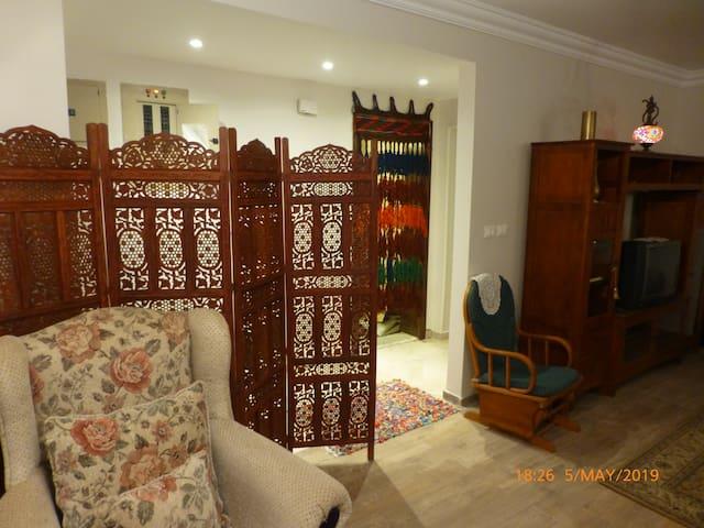 Classy Furnished 155 M2 Apart., El-Rehab, Cairo
