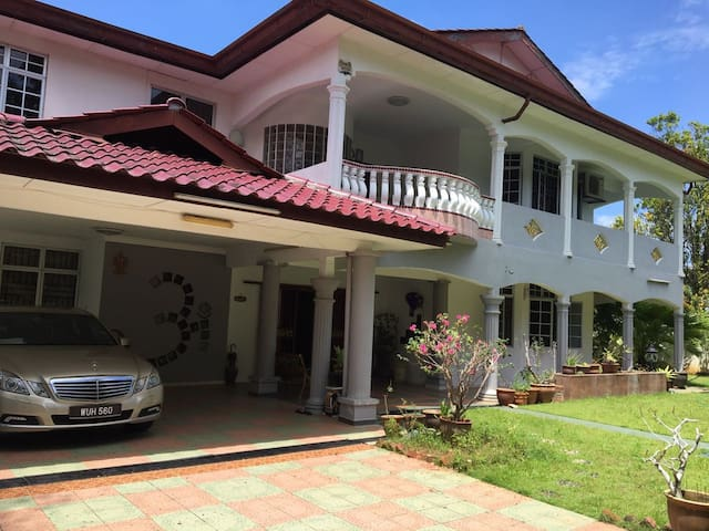 Cozy Home - Rawang - Bungalow