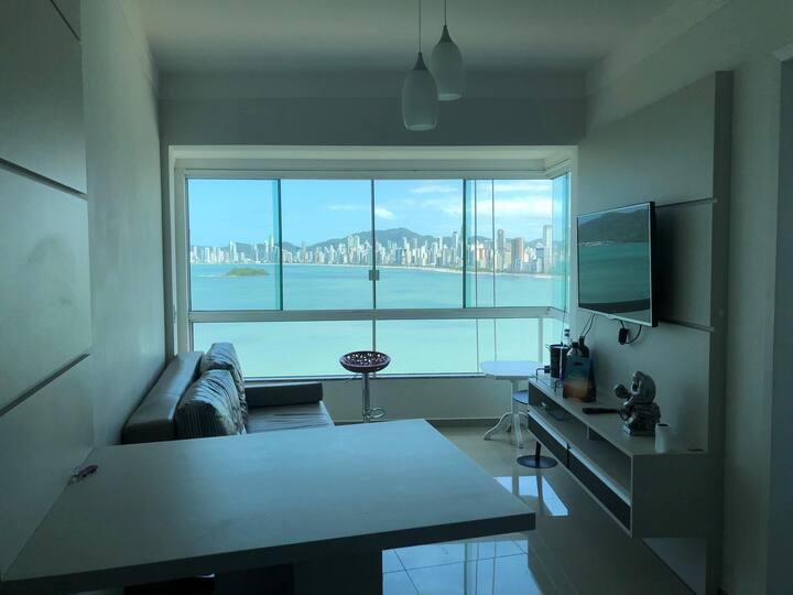 Apartamento frente ao Mar Balneário Camboriu