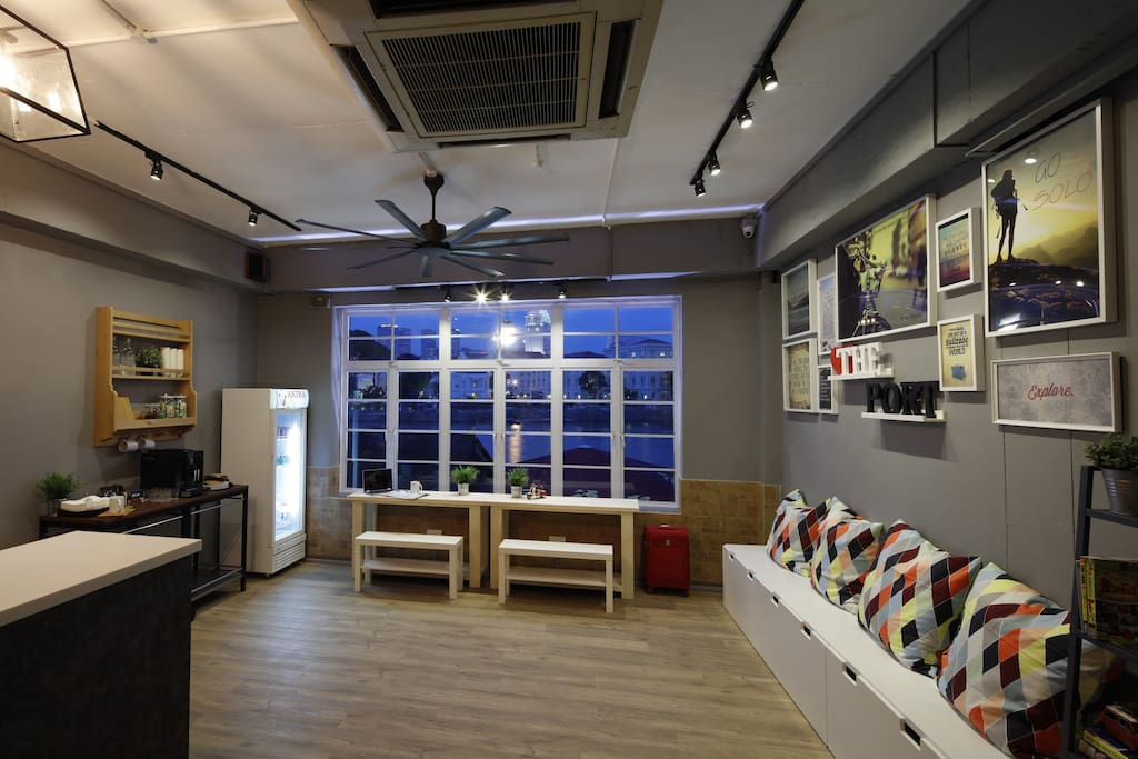 Hostel Room For Rent In Singapore