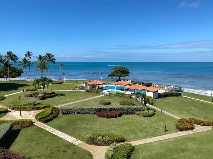 Beachfront Apartment in Joyuda, Cabo Rojo