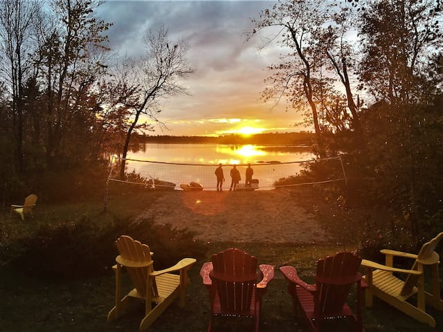 Catch the glowing sunset from the deck, the chairs, the beach, or by the waters with your favourite peeps
