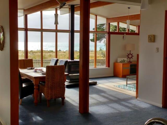 Rarangi Retreat Beach House - Rarangi - 一軒家
