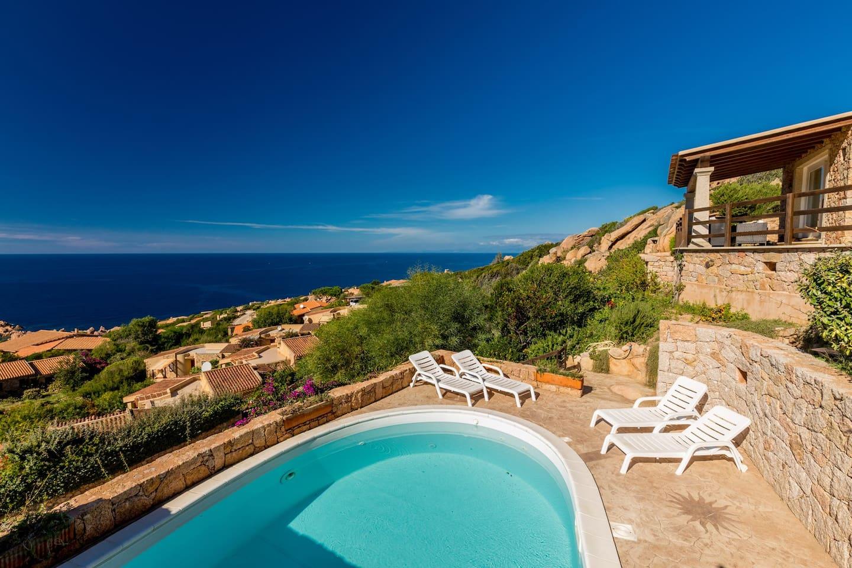 Villa De Elisée - Houses for Rent in Trinità d\'Agultu e Vignola ...