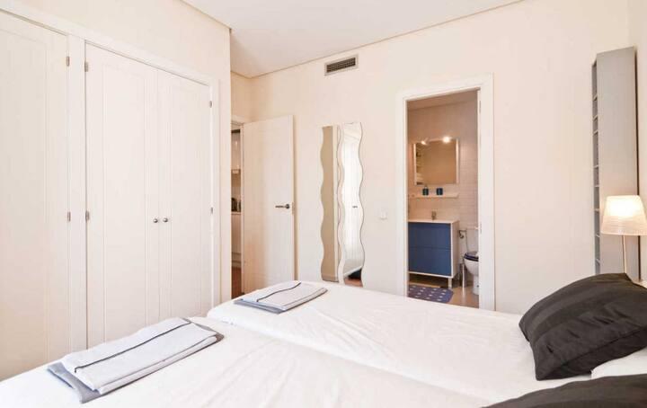 อพาร์ตเมนต์ 1 ห้องนอนเรียบง่าย
