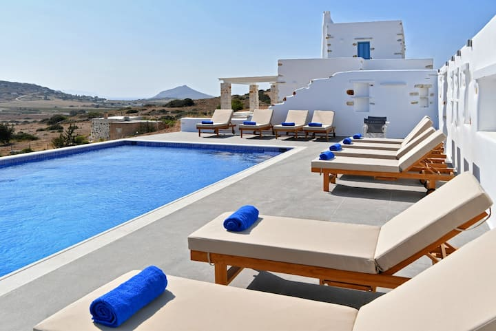 "Luxurious ""Villa Pactia""  Private pool"