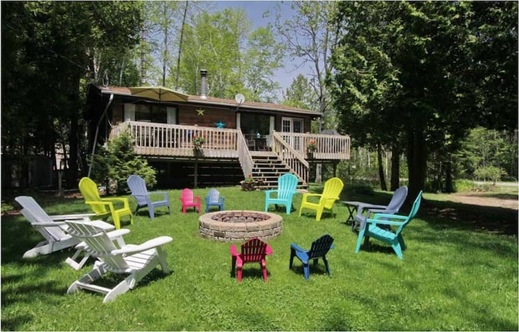Unwind Inn:4 bdrm 5 blocks to beach - Oliphant - Cabin