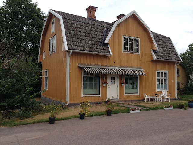 Charming old house for 1-6 person - Hultsfred N - Apartament