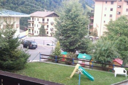 Appartamento di fianco alla funivia - Moggio - Wohnung