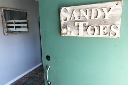 Sandy Toes, for affordable Whitsundays family fun