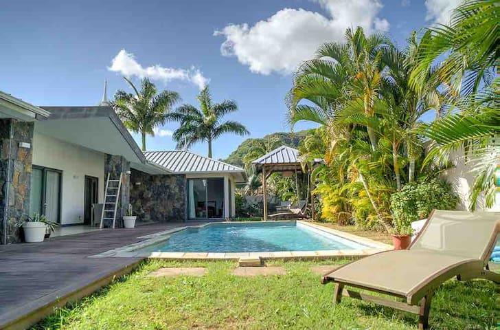 Superbe villa de luxe en U avec piscine  privée