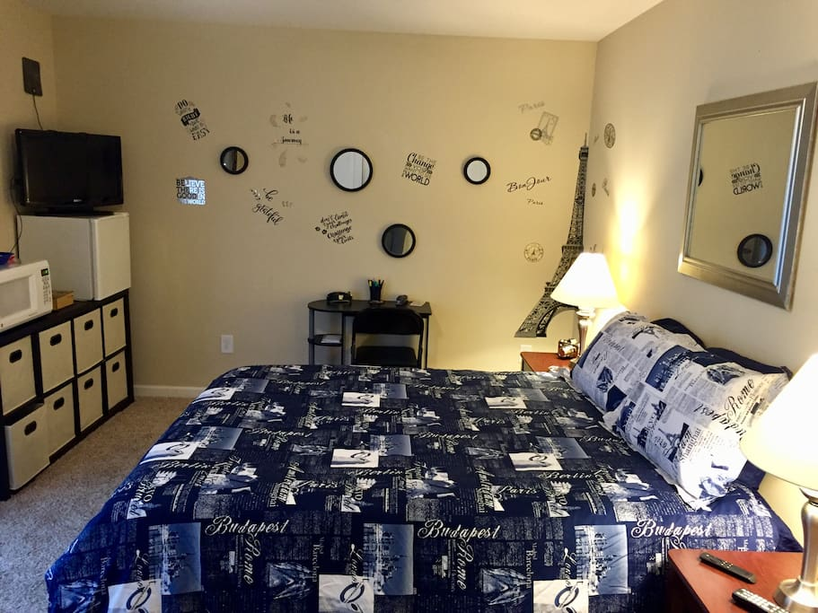 Raleigh Durham X Large Cozy Private Room Bath