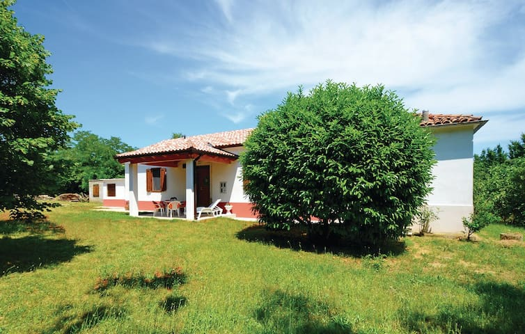 """1059"" House for 6 people - Labin - House"