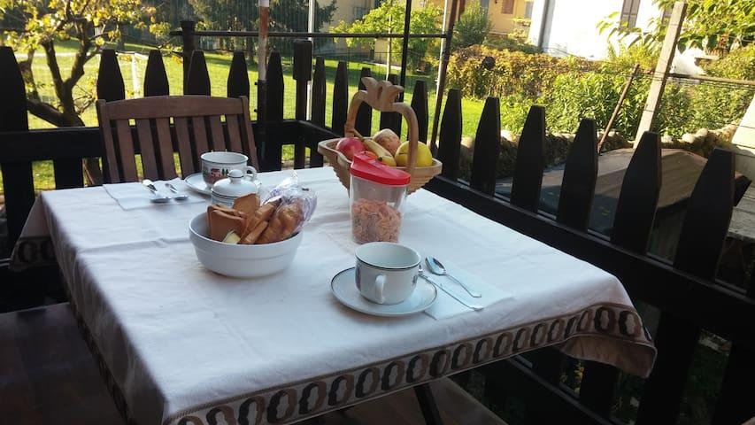 Verona up to you - App. garden with car/bike park