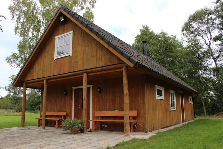 Rannapera Guesthouse - A cosy home in the wild