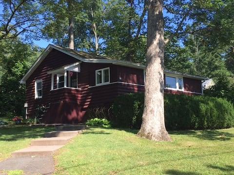 Lake Beseck cottage