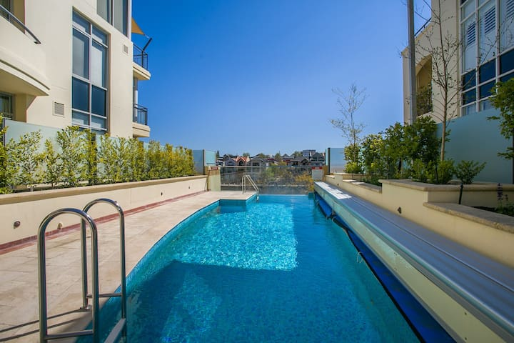 Stylish 1 Bed Apt Optus Stdium*City*Pool*Burswood