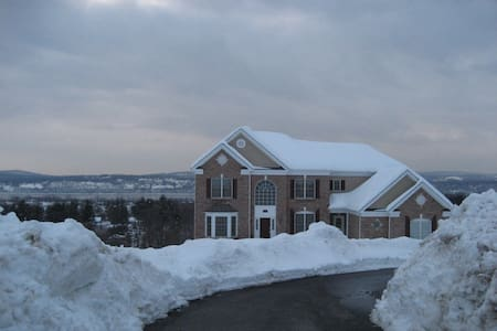 Hudson Valley Country Living With Amazing Views - Dom