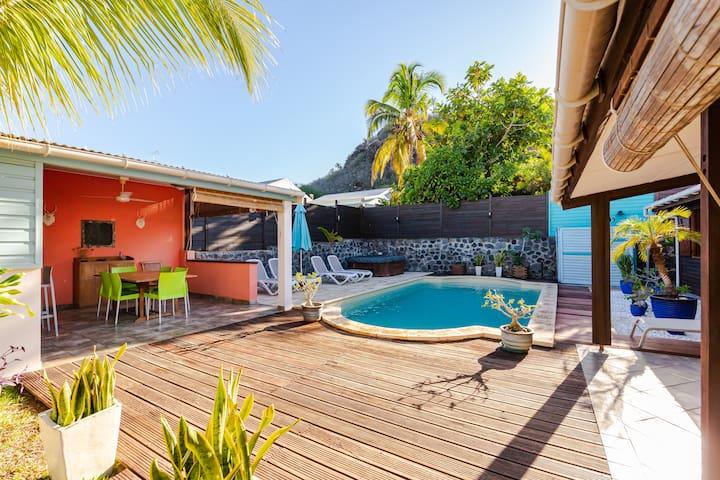 charmante villa proximité mer à Saint gilles