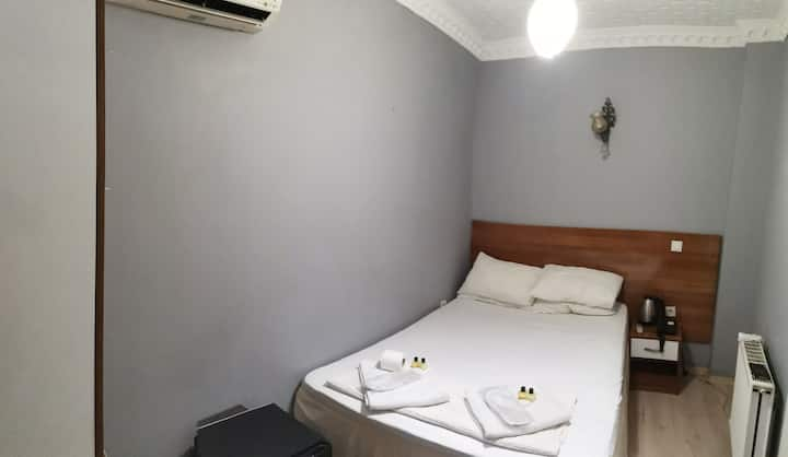 Deluxe private room 5