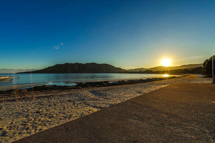 Charmant T2 accès direct plage Santa Giulia