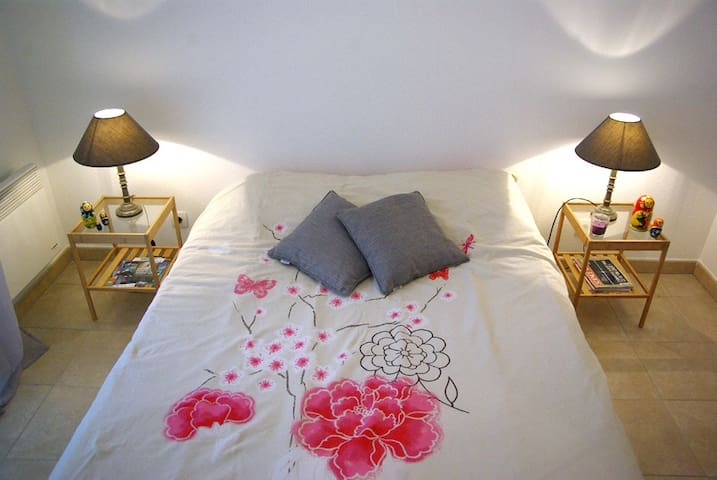 Private room & bathroom in Calvi - Calvi - Huoneisto