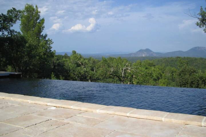 Luxurious Villa near Aix-en-Provence - Brue-Auriac