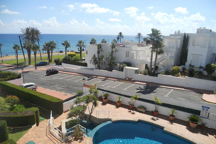 Mojácar Playa Townhouse - 50 metres from the sea