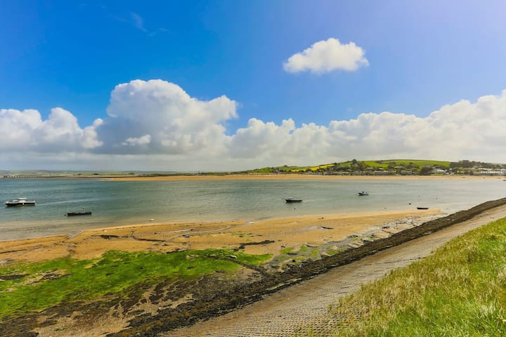 APPLEDORE GANNETS NEST | 3 Bedrooms|ESTUARY VIEW|SLEEPS 5|