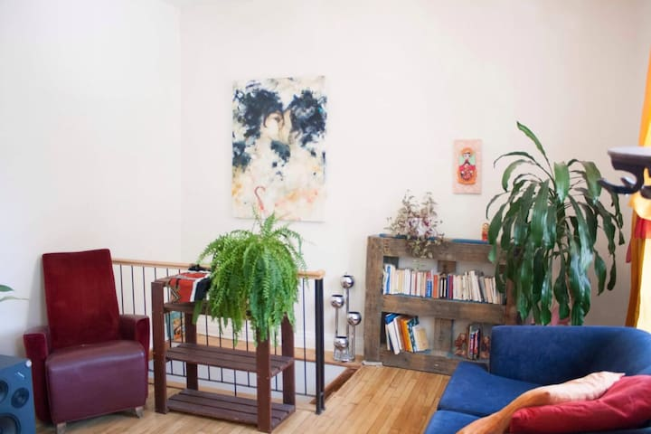 Chambre intime / Artsy / Vivant