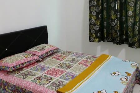 Homestay KLIA, NILAI3, SEPANG - Sepang