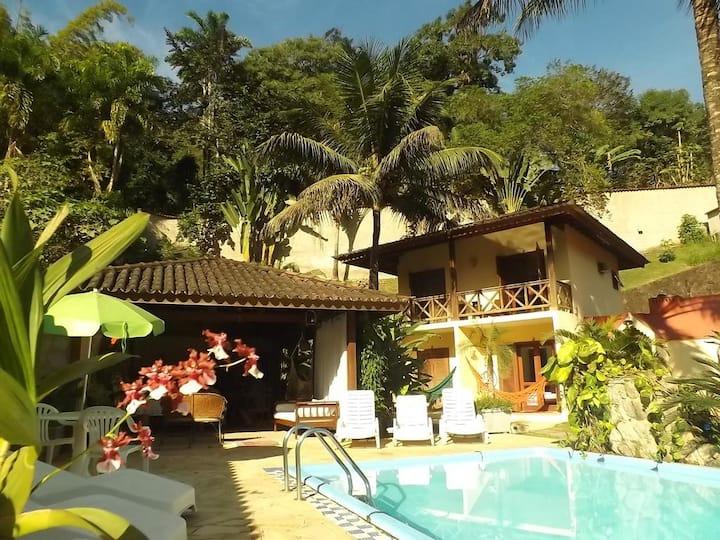 Hospedagem Castelinho Suite2-Piscuna,Jardim Paraty