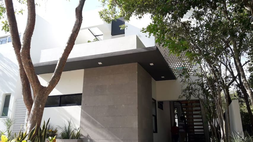 Family House in Puerto Morelos