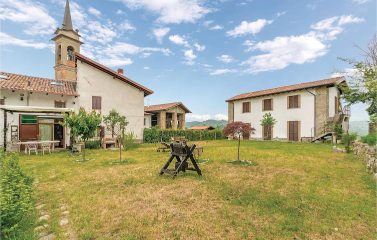 Semi-Detached with 2 bedrooms on 70m² in Montemarzino (AL)