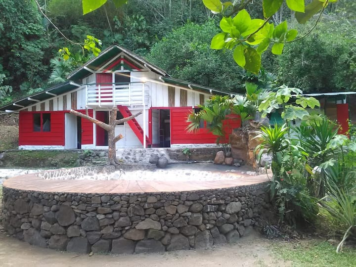 Treegana Hostal : Habitacion Almendro (quintuple)
